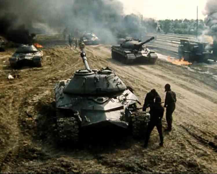 Тамбовским курсантам показали украинский фильм о Сталине