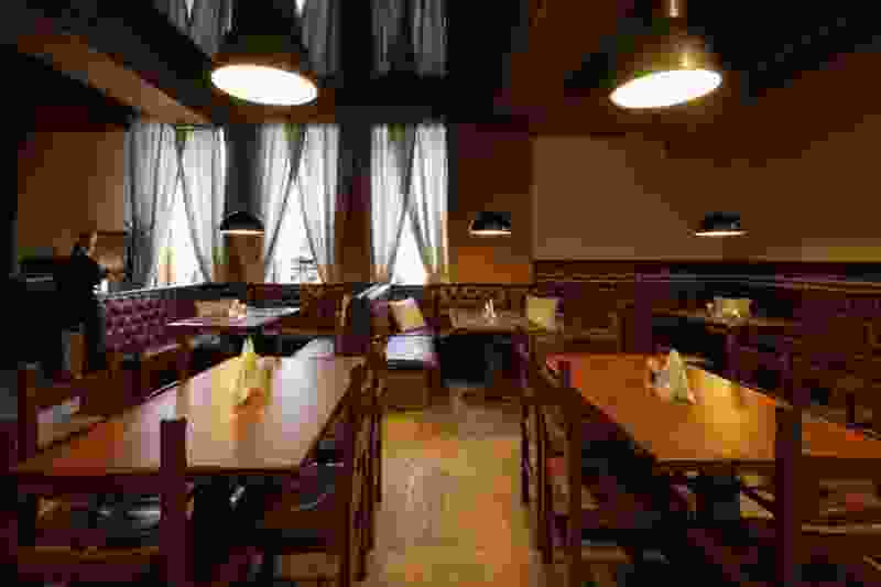 Горький pub