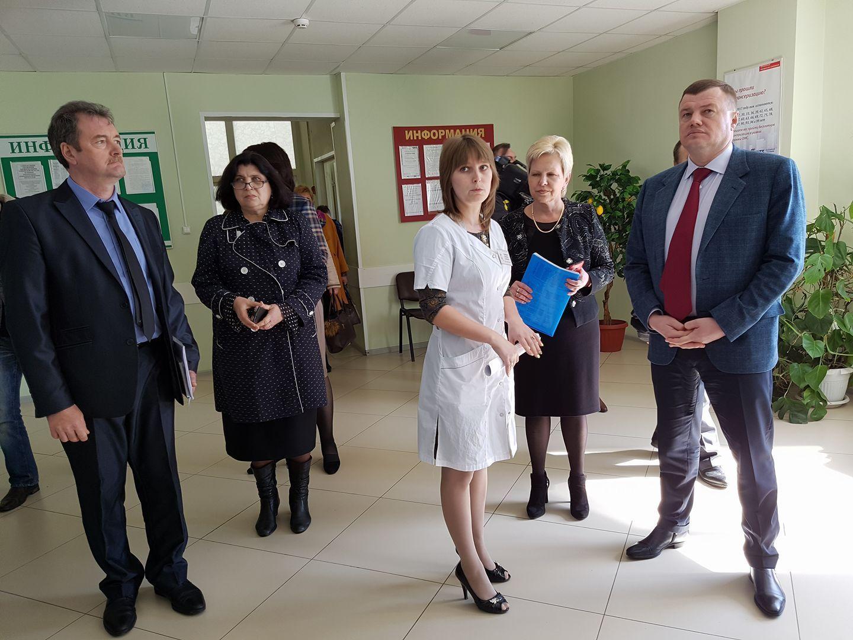 Губернатор Александр Никитин проинспектировал объекты социальной сферы Гавриловского района
