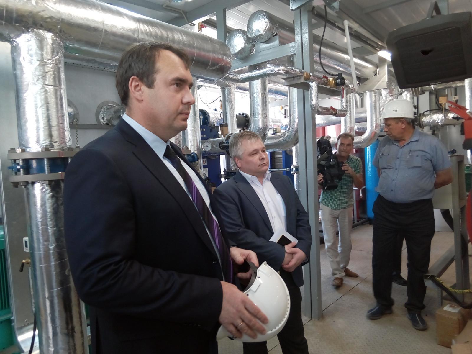 Вице-губернатор Игорь Кулаков проинспектировал строительство котельных в Котовске