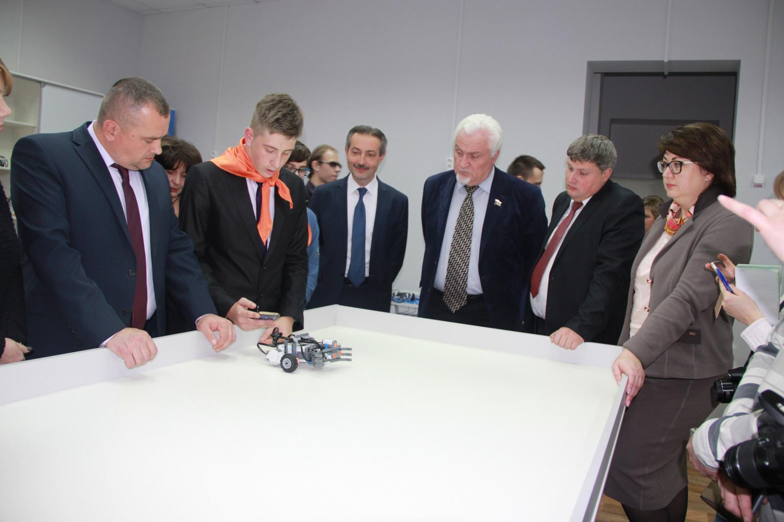 Первый вице-губернатор Олег Иванов: «У детского технопарка «Кванториум» большое будущее»