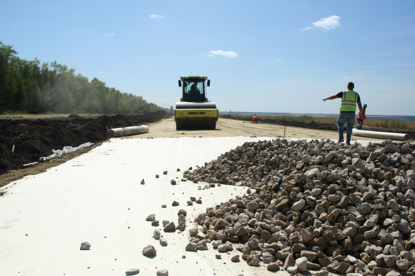 В девяти тамбовских селах строят новые асфальтовые дороги