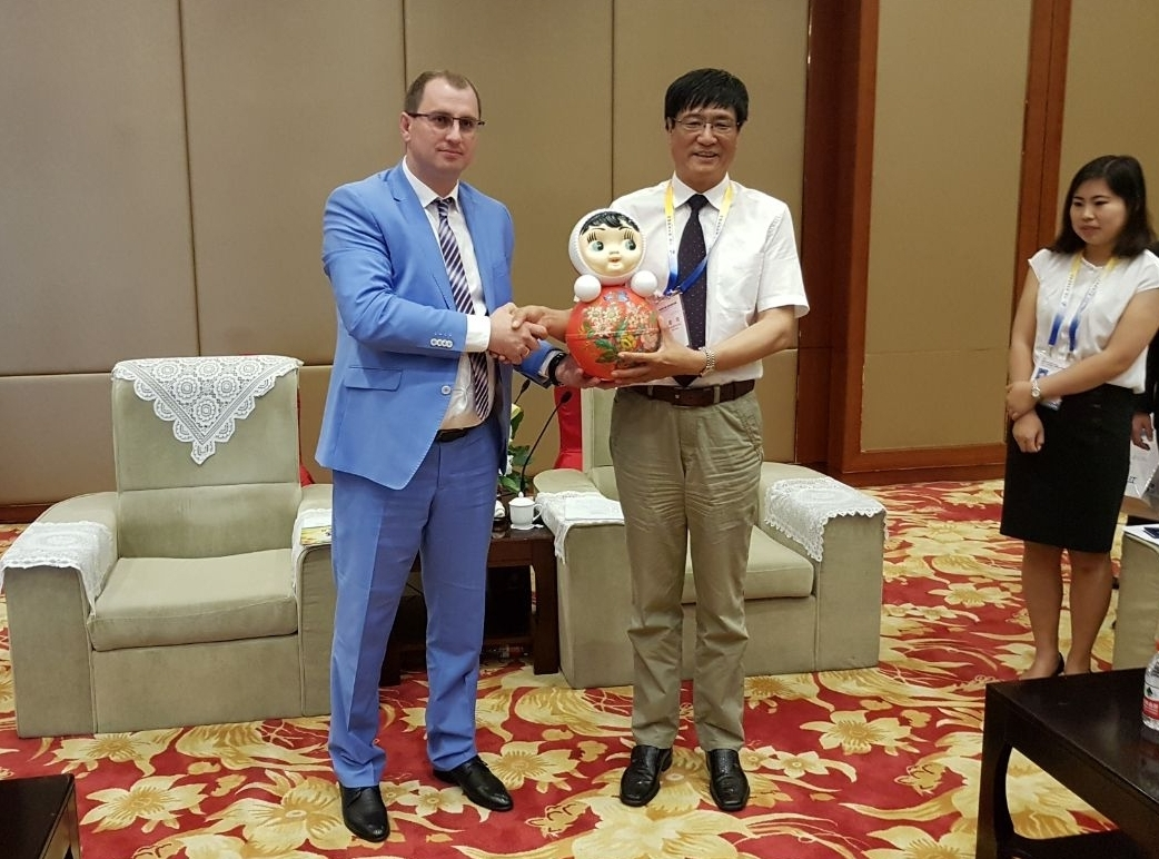 Деловые встречи тамбовской делегации на российско-китайском EXPO