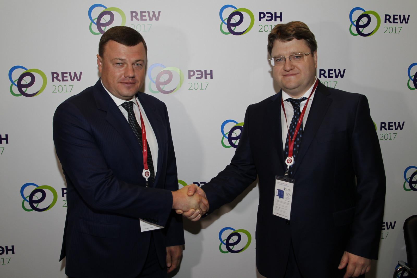 Губернатор Александр Никитин и генеральный директор ПАО «Квадра» Семен Сазонов подписали Протокол о намерениях взаимодействия по развитию сферы теплоснабжения региона