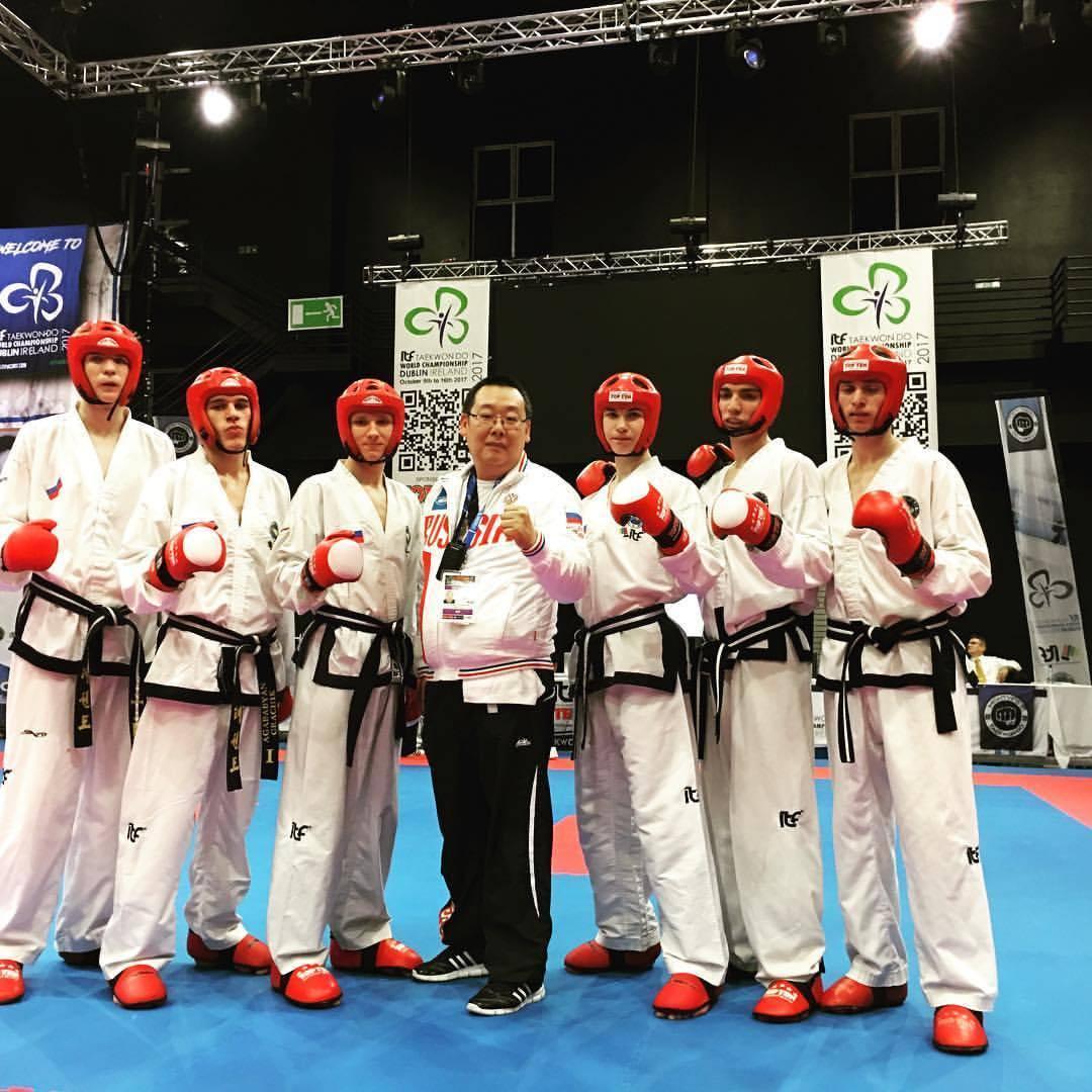 Губернатор Александр Никитин поздравил тамбовских спортсменов с успешным выступлением на чемпионате мира по тхэквондо