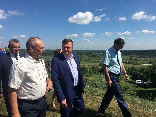 Александр Никитин оценил туристический потенциал региона во время рабочей поездки в Инжавинский район
