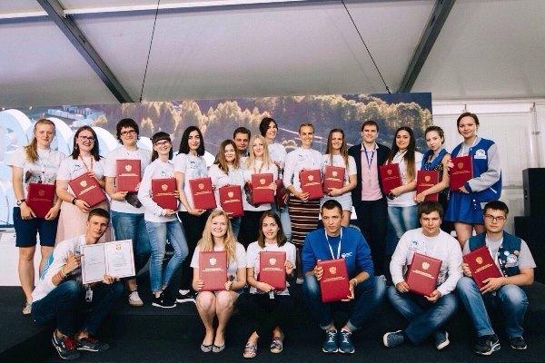 Тамбовская студентка получила благодарность президента России за помощь в организации Парада Победы