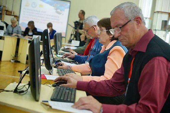 В Тамбовской области переобучат более 400 предпенсионеров