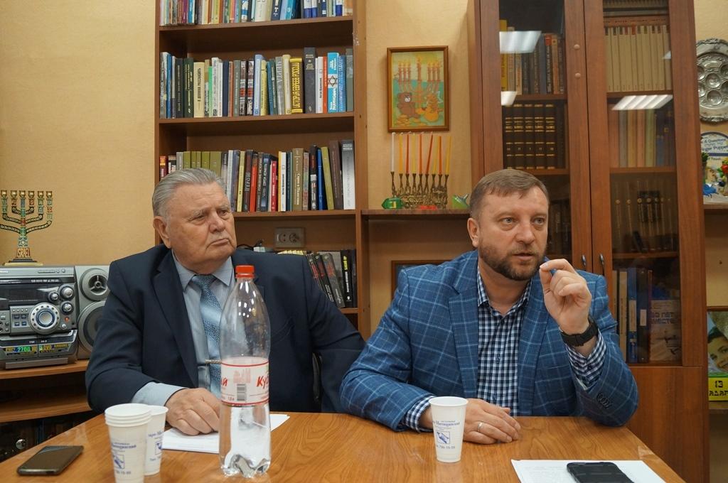 Национальные диаспоры Тамбова обсудили влияние на регион политических процессов в мире