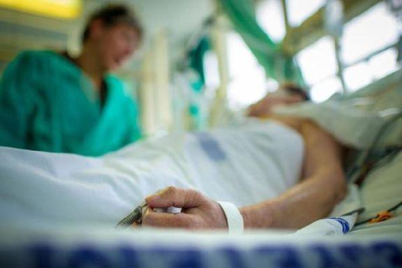 Родственников пациентов разрешат пускать в реанимацию