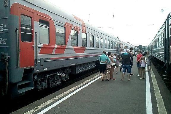 Школьникам расширят скидки для проезда в поездах