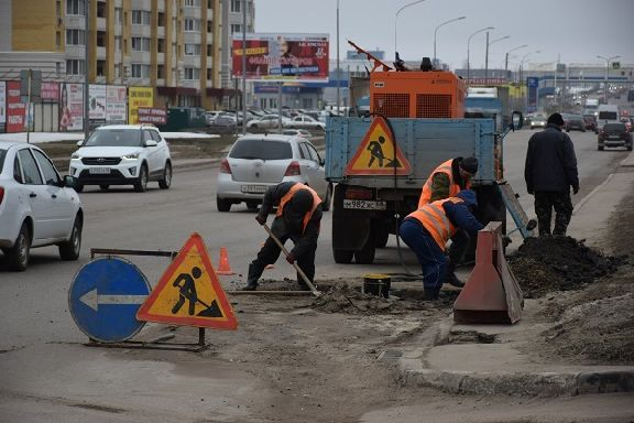 В Госдуме предложили ограничить ремонт дорог в праздничные дни