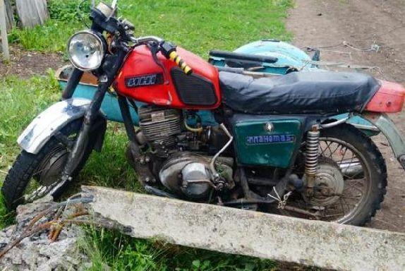 В Сосновском районе мотоциклист врезался в столб