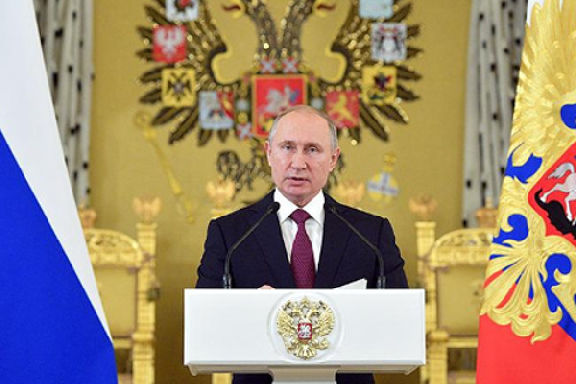 Президент России поддержал рост соцгарантий для военных и правоохранителей