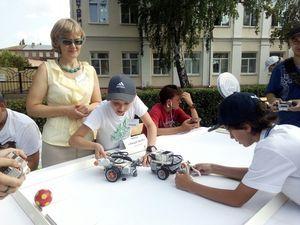 Тамбовские школьники отметили День России и День города