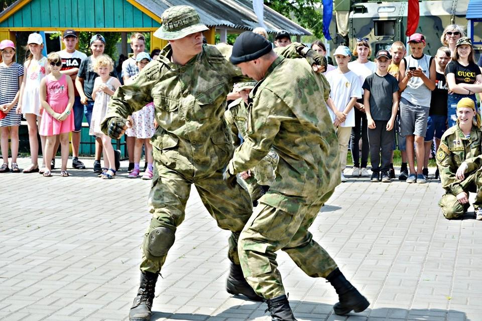 В Рассказовском районе открылась юнармейская смена