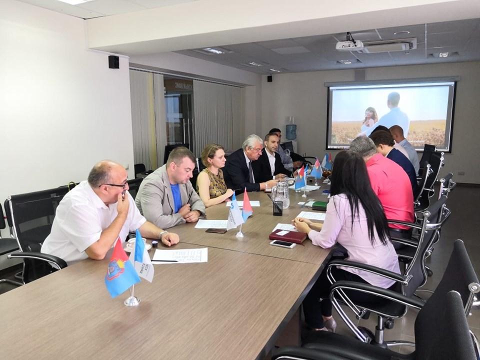 В Тамбове обсудили сотрудничество с португальским производителем сыров