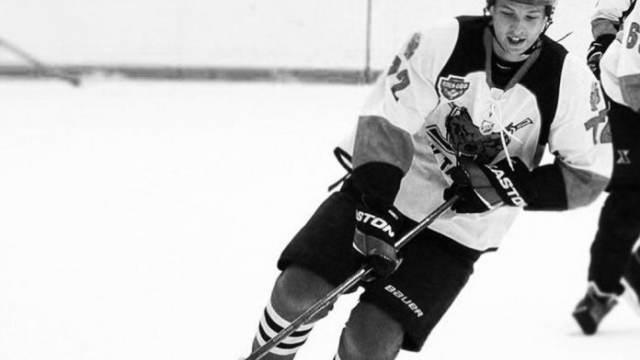 Суд решил поместить обвиняемого в смерти тамбовского хоккеиста под домашний арест