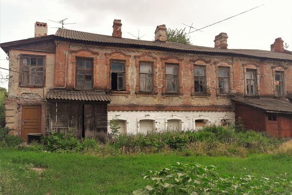 Тамбовчане предлагают варианты спасения дома коллекционера Никифорова