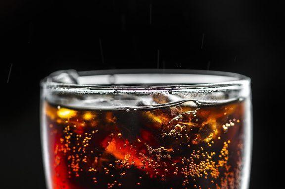 Учёные назвали напитки, которые повышают риск появления рака