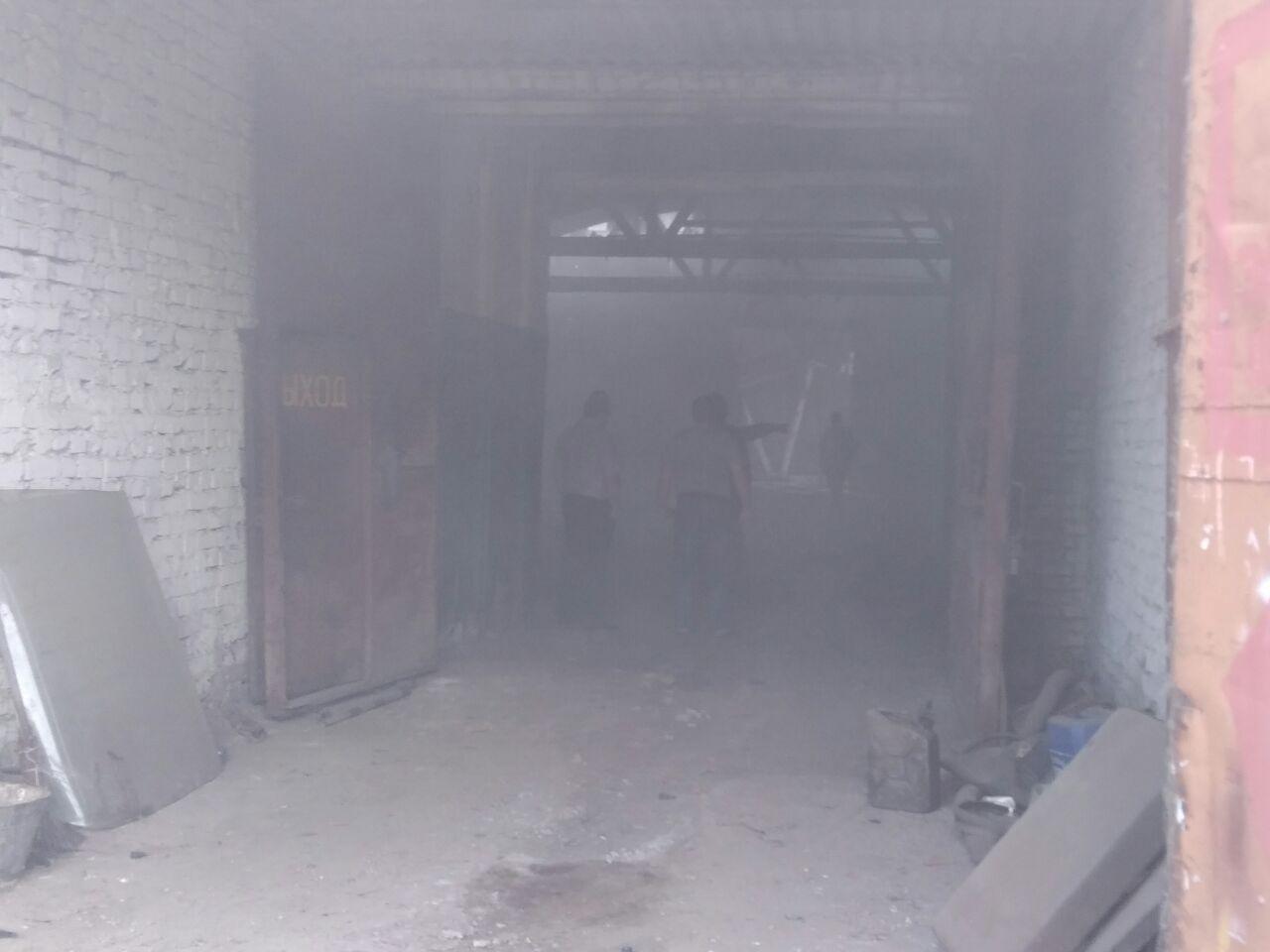В центре Тамбова горят постройки на территории оборонного объекта