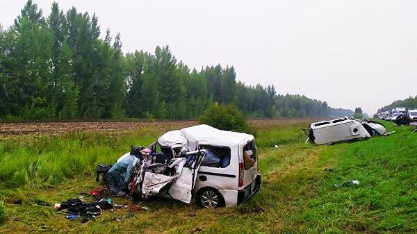 Пять человек погибли в результате столкновения двух микроавтобусов в Тамбовской области