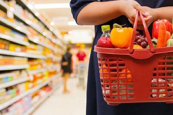 Росстат впервые за два года зафиксировал снижение цен на продукты