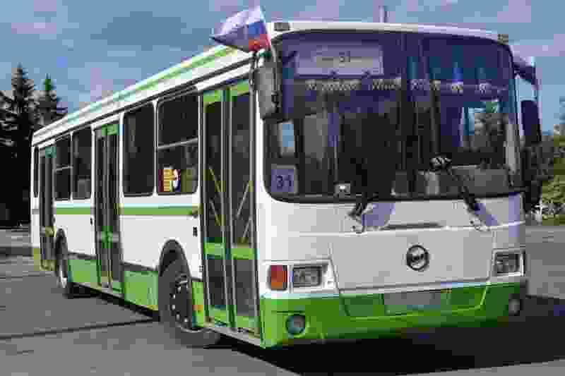 В Тамбове на злополучном 31-м маршруте кондуктор швырнула сдачу в лицо пассажиру: дошло до травмпункта