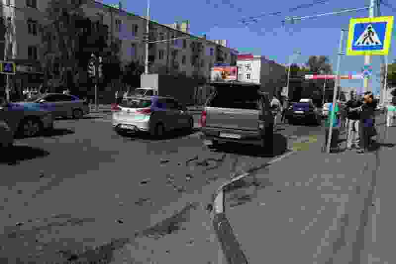 Появилось видео вчерашней аварии в центре Тамбова