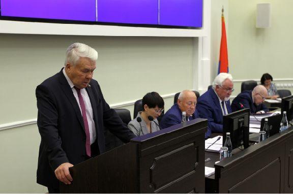 Депутаты увеличили доходы и расходы бюджета Тамбовской области