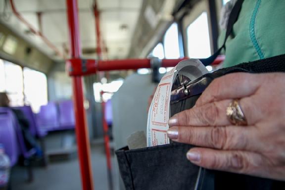 Кондуктор автобуса в Тамбове отправил ребёнка просить мелочь на проезд у пассажиров