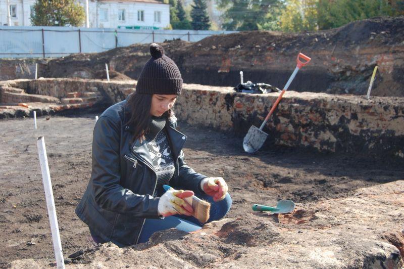 На месте снесенных старинных зданий в историческом центре Тамбова найдена кухонная утварь 19 века
