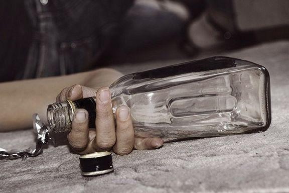 Росстат назвал регионы, где чаще всего умирают от пьянства