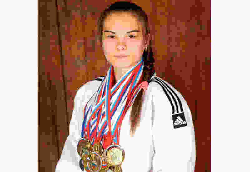 Тамбовчанка привезла серебряную медаль с молодёжного первенства мира по самбо