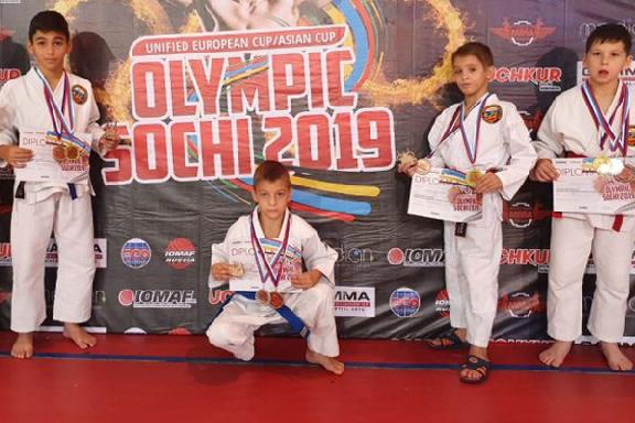 Тамбовские бойцы привезли медали с Кубка Европы и Азии