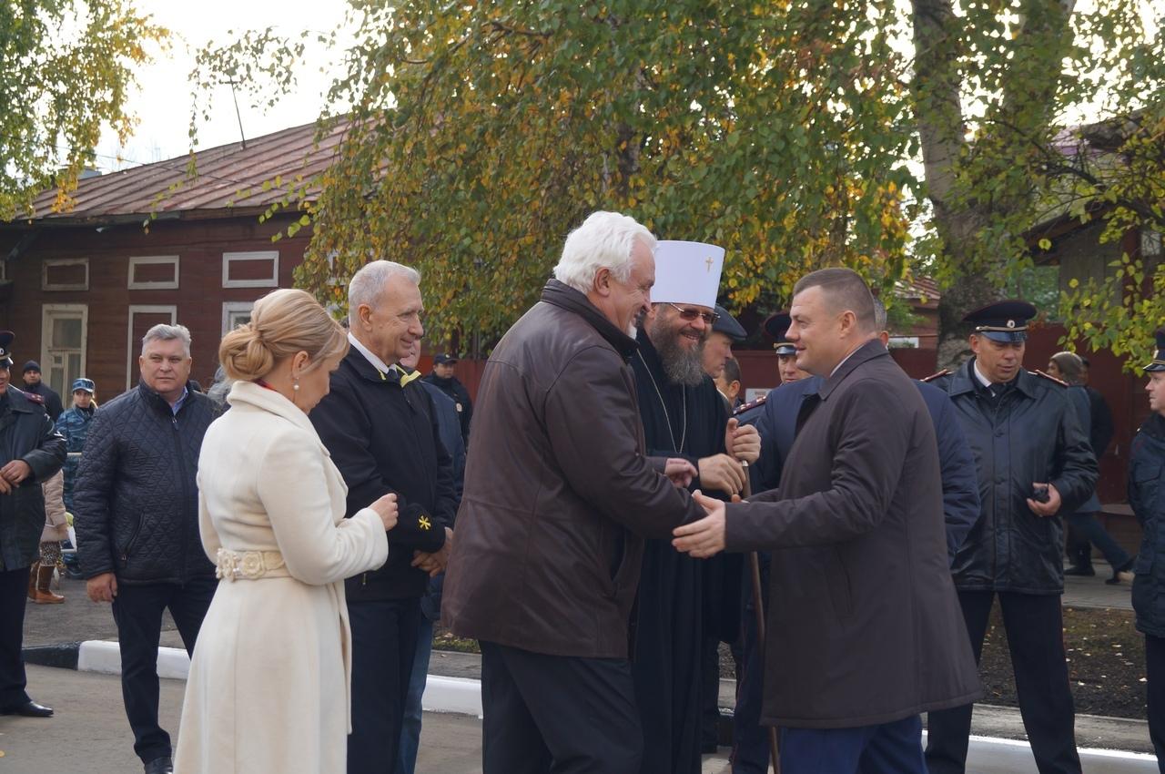 В Тамбове на Покровской ярмарке официально открыли улицу Архиепископа Луки