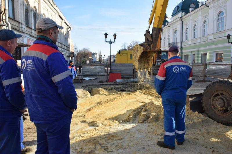 Авария на канализационном коллекторе в центре Тамбова устранена