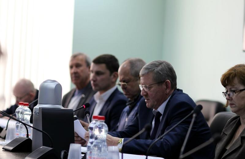 Депутаты облдумы начали рассматривать бюджет Тамбовской области на будущий год