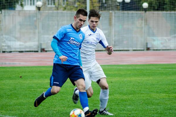 Футболисты ТГУ одержали первую победу в новом сезоне Студенческой лиги
