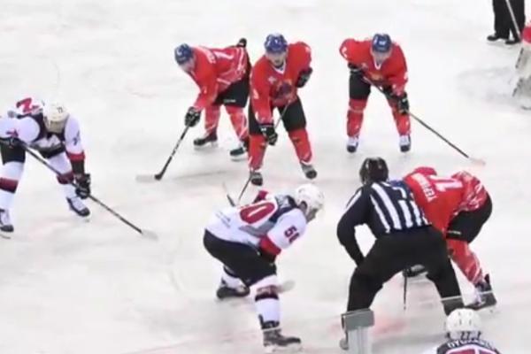 """Хоккеисты """"Тамбова"""" крупным поражением завершили выездную серию в Китае"""