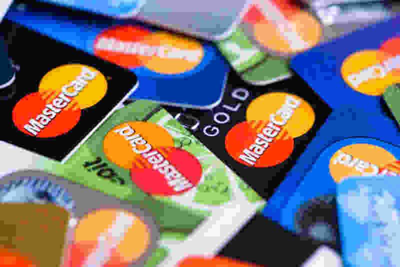 На два месяца в Тамбове проезд в автобусах для владельцев MasterCard подешевеет ещё на два рубля