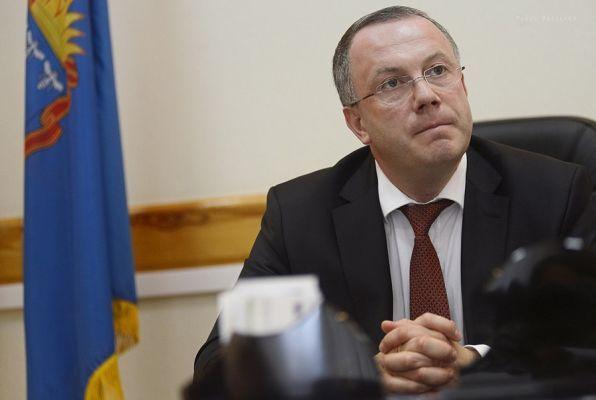 Находящийся под домашним арестом вице-губернатор Глеб Чулков попал в больницу