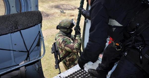 ПодТамбовом входе учений «террористы» захватили школу