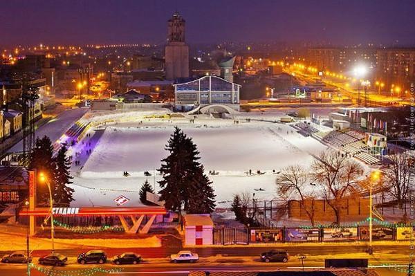"""Стадион """"Спартак"""" готовится к новому сезону массового катания на коньках"""