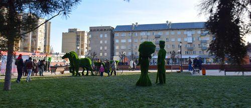 В Тамбове торжественно открыли сквер на площади Льва Толстого
