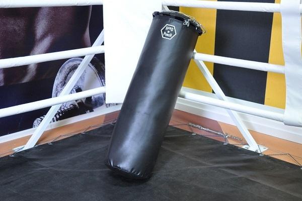 В Тамбове во время тренировки 7-летнего мальчика придавило боксёрской грушей