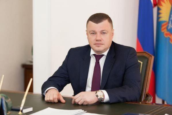 Александр Никитин снял с должностей вице-губернатора и начальника управления ТЭК и ЖКХ
