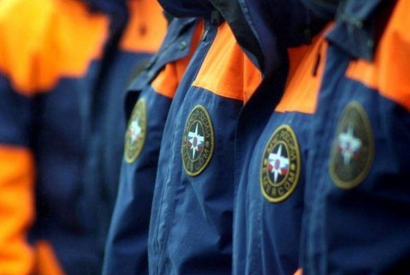 Губернатор поздравил спасателей с профессиональным праздником