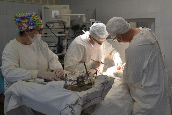 Московский профессор успешно провел в Тамбове операцию больному с онкологией