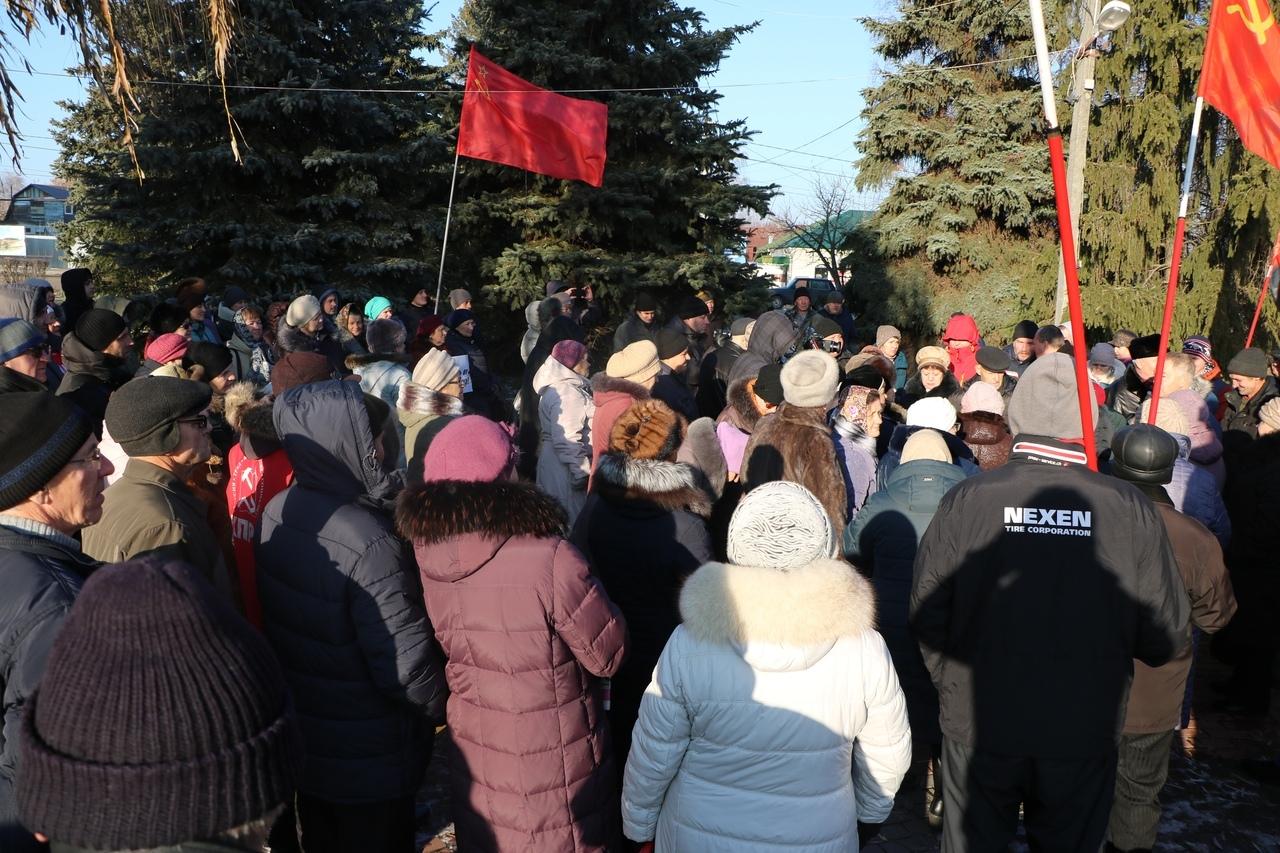 На встрече с депутатами в Сосновке большинство проголосовало против полигона